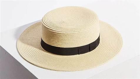 How many hats?